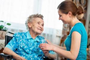 Bientraitance des personnes âgées à domicile et en établissement